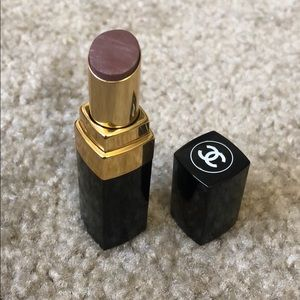 Chanel Rouge Coco Shine - Deauville #67
